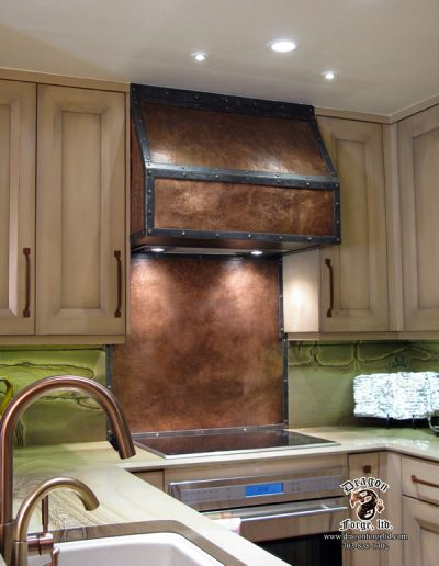 Copper-Stove-Hood-with-Copper-Backsplash
