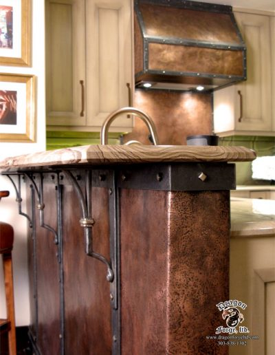 copper-wall-and-copper-stove-hood