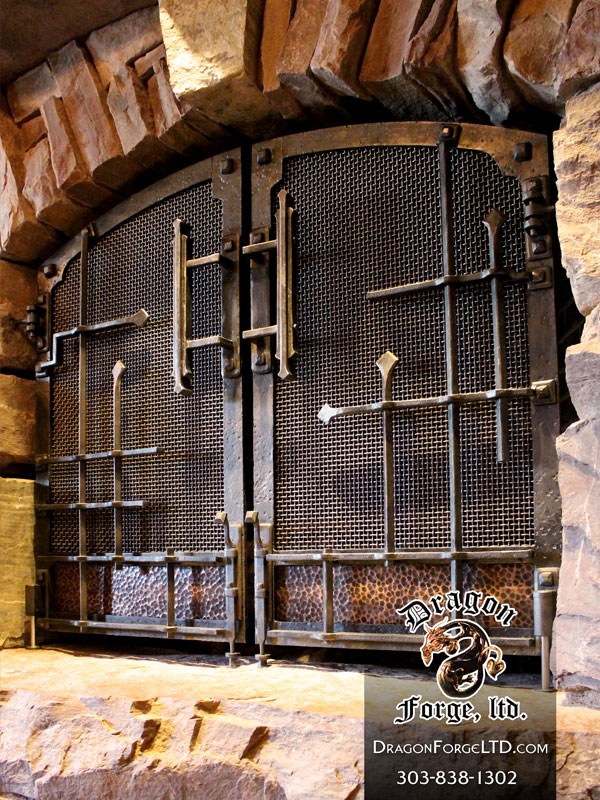 Gnl Entertaining Room Copper And Steel Fireplace Doors